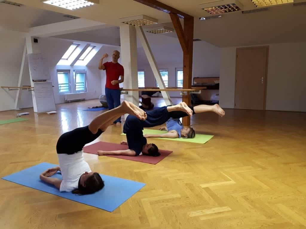 asana-akademia-vzdelavania-a-jogy-ako-zacat-podnikat